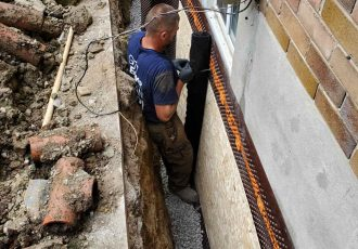 Drainage tube installation